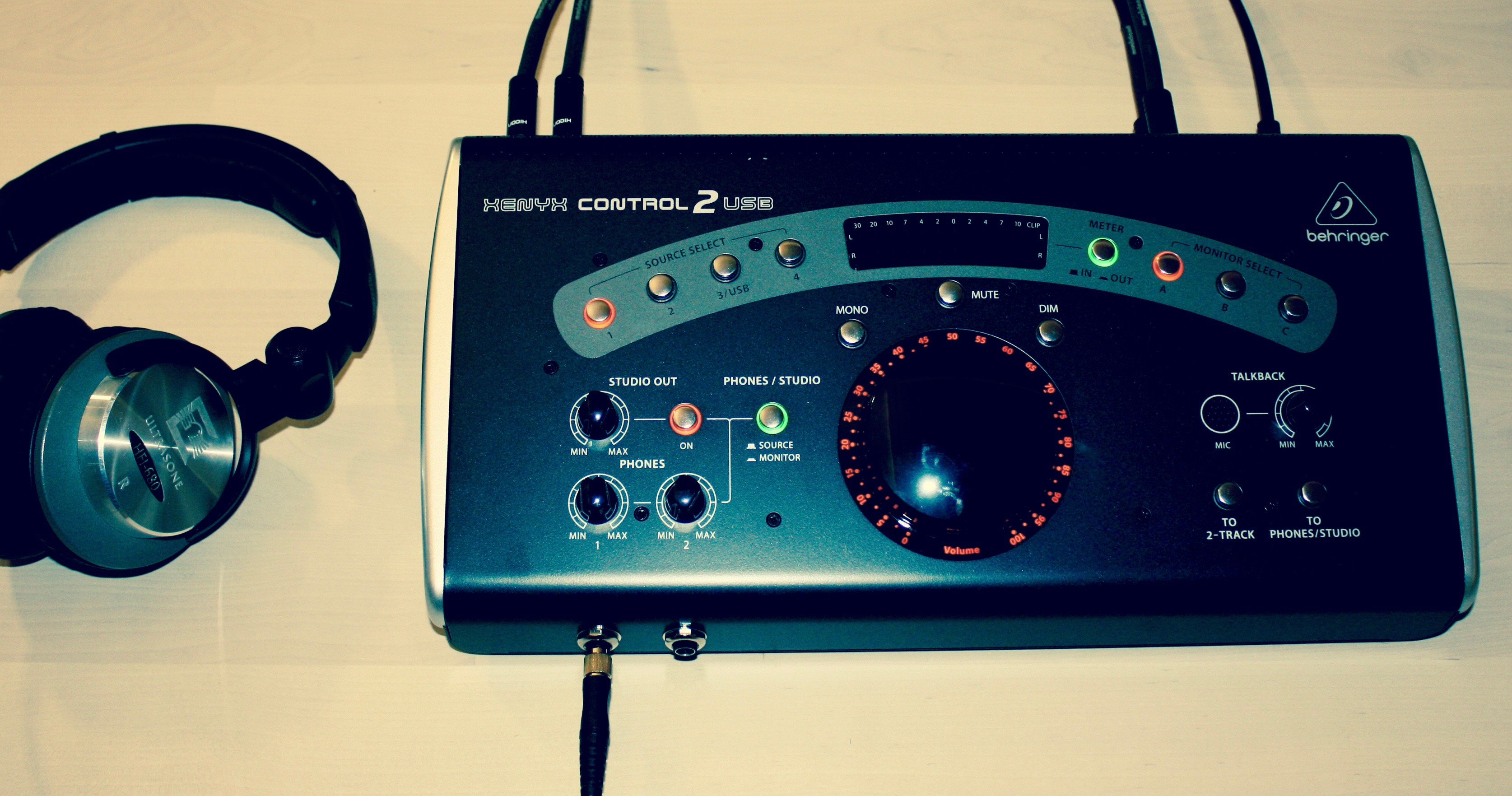 Behringer Xenyx Control2USB.jpg