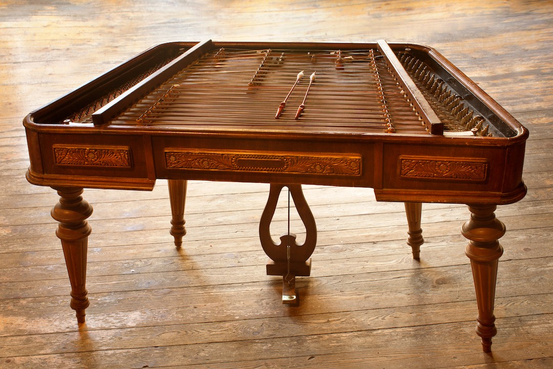 Cimbalom 1.jpg