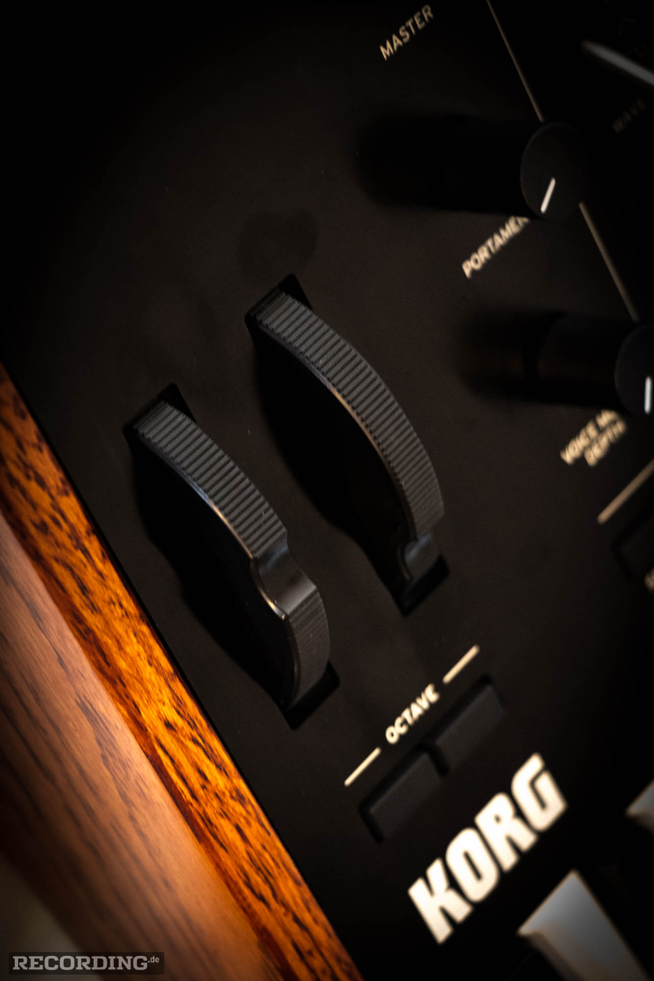 Korg Prologue 8-12.jpg
