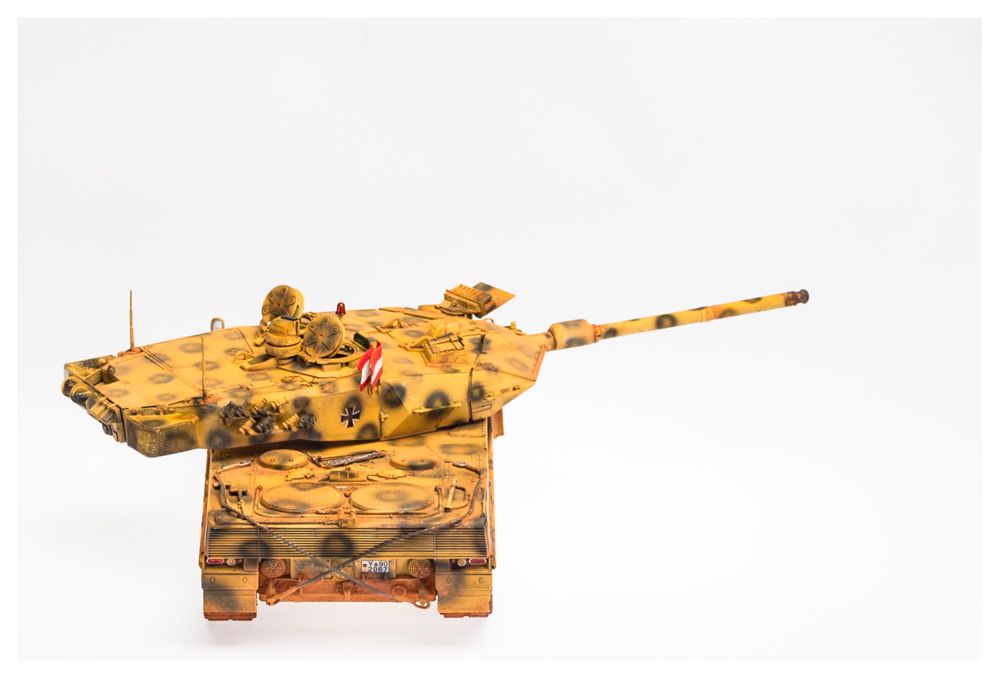 Leopard 2-A6- 18.jpg