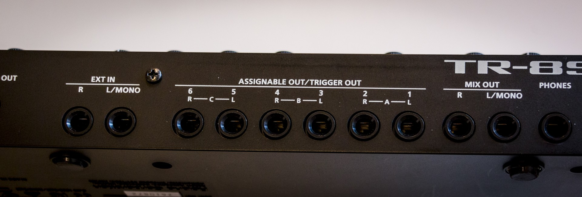 Roland-TR8S-014.jpg