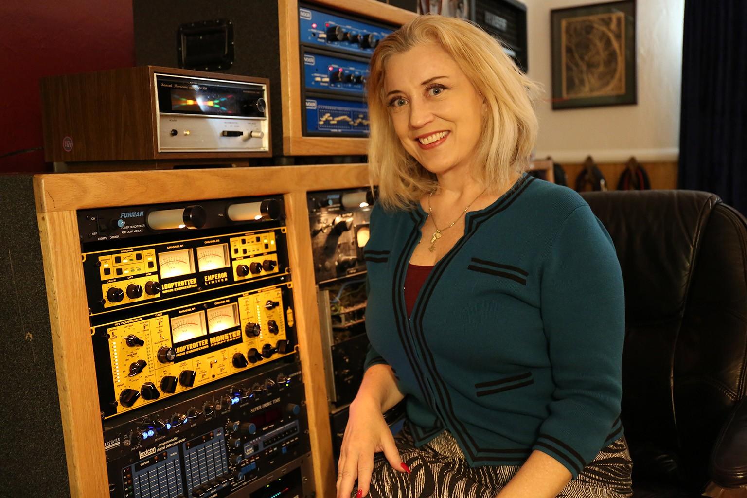 SylviaMassy-StudioDivine.JPG