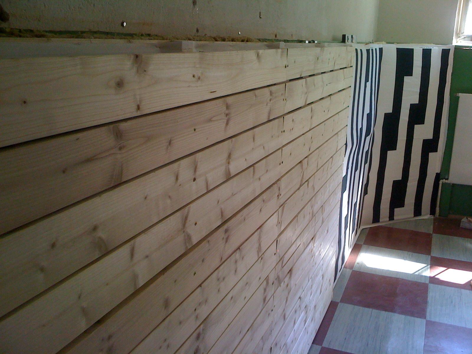 Wandverkleidung Holz Meister ~ Wandverkleidung Mit Holz Inklusive Dekorativem Raumteiler Pictures
