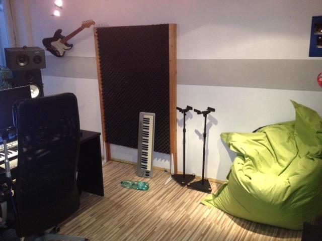studio seite.JPG